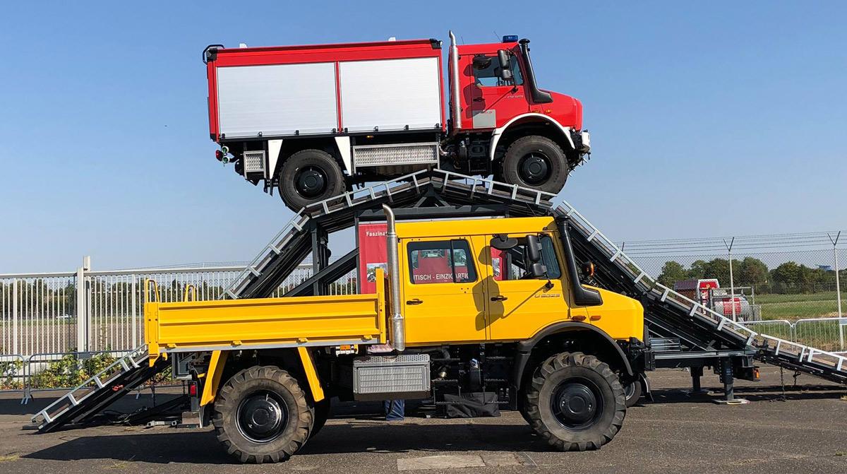 Vorfuehrfahrzeug Mercedes-Benz Unimog U5023 Feuerwehr RKF-Bleses